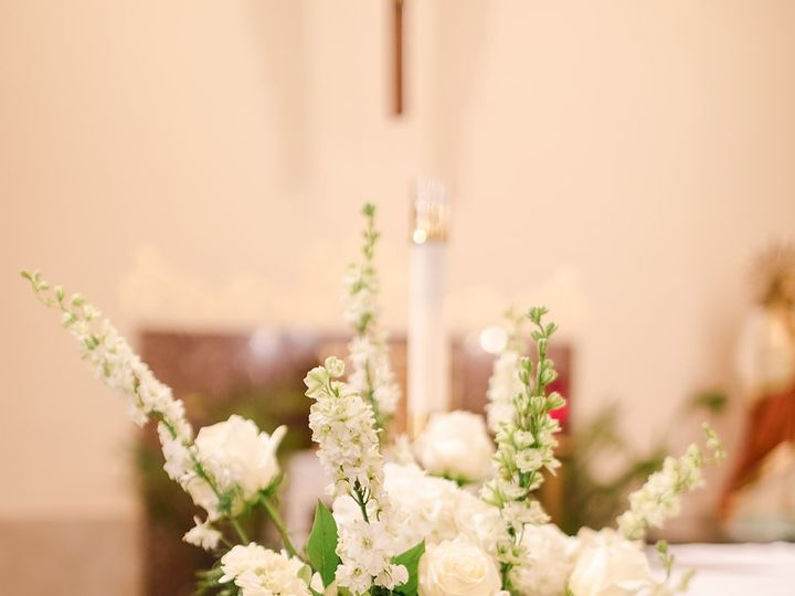 Tmx M26j 273 51 953296 158098832037596 Armada, MI wedding florist