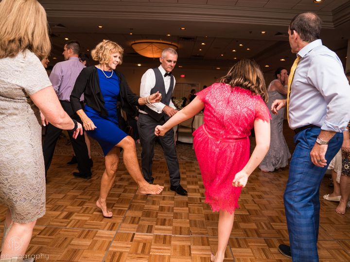 Tmx Fuller Photography Com Steimer Wedding 0647 51 406296 V2 Coatesville, PA wedding dj