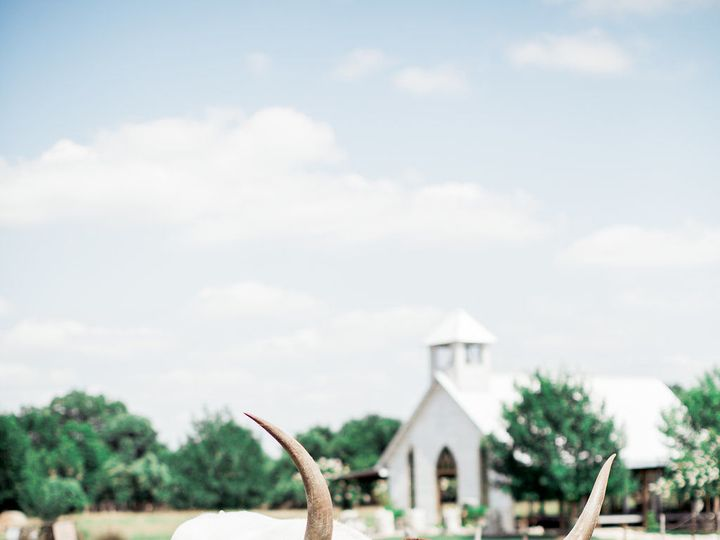 Tmx 1527184509 0e42dde7e3c64030 1527184506 Cd1476d322d99aaf 1527184493989 7 Gruene Hall Lindse New Braunfels, TX wedding venue