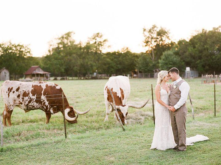 Tmx 1527184659 212ce1334d517aa2 1527184658 352fe666e0fe6197 1527184653148 16 Couple 0133 New Braunfels, TX wedding venue