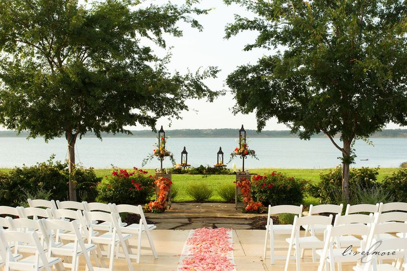 Paradise Cove At Lake Grapevine Wedding Ceremony Amp Reception Venue Wedding Rehearsal Dinner