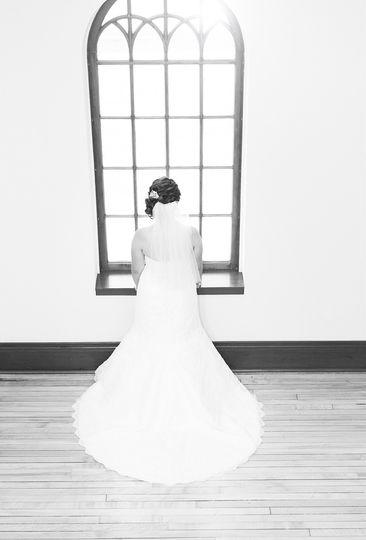 phoenix wedding photography wisconsin bride at win