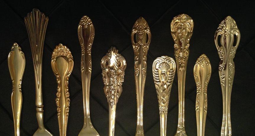 ees gold flatware
