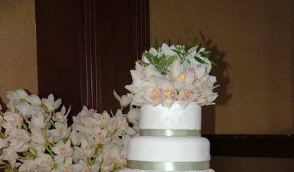 A WEDDING CAKE OF OXFORD