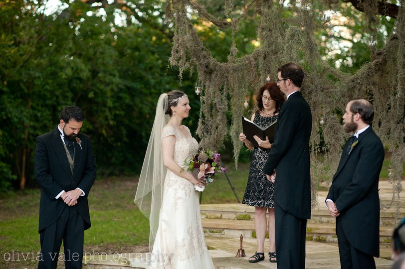 Katrina Baecht, Austin Wedding Officiant, Spoken Heart Ceremonies