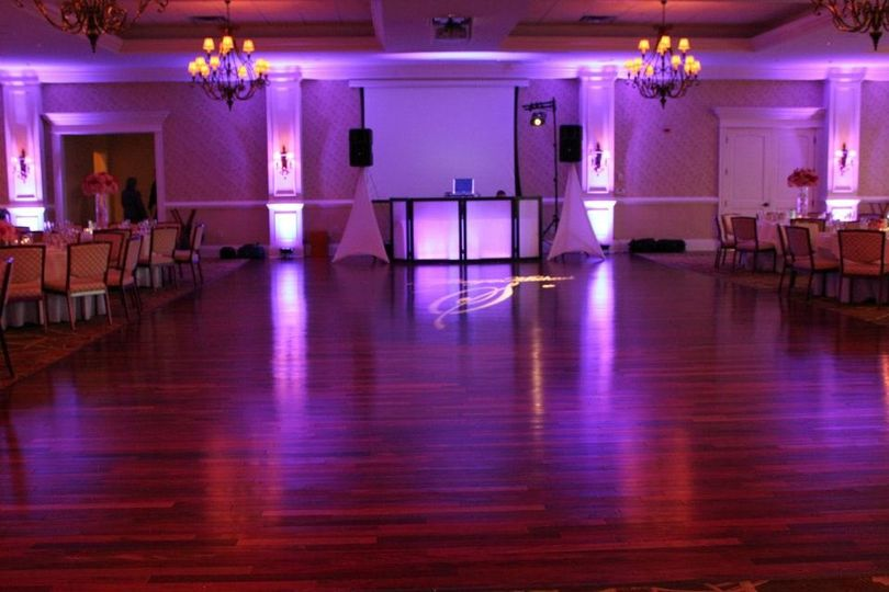 Wedding DJ Booth with up-lighting. Rivercrest Country Club