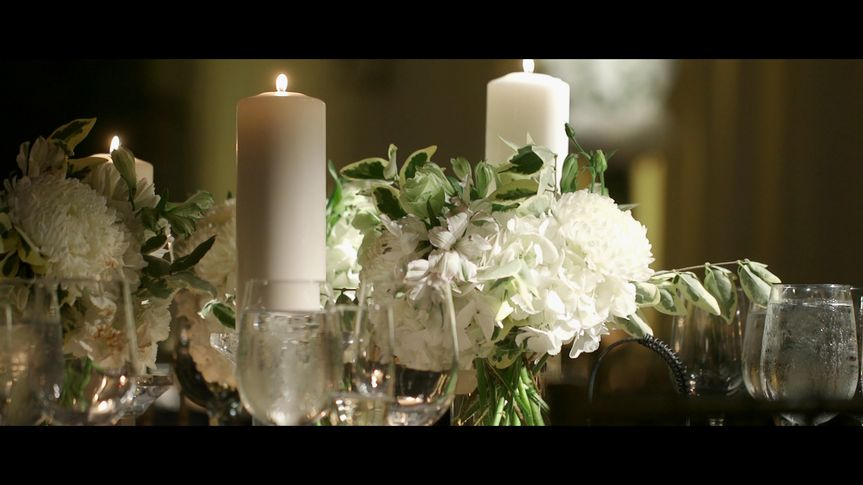 table candles flowers