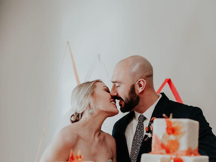 Tmx 1523373702 D7985aa94e9d0d64 1523373701 45ef0322f59dfc8e 1523373704006 1 SpringStyledWeddin Tulsa, Oklahoma wedding cake