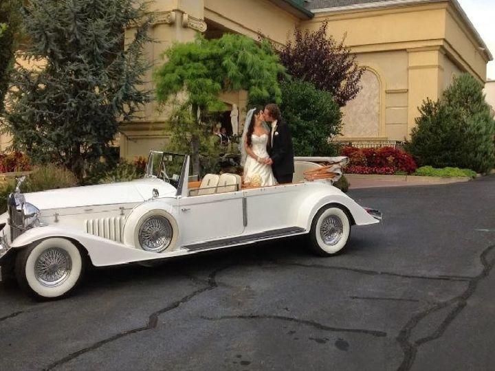 Tmx 1531764891 D1d5255bd7a14162 1531764890 D5f1316252516952 1531764884428 1 Convertible Rolls  Long Island wedding transportation