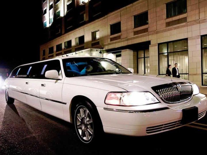 Tmx 1532037445 B5d93d22fa792fdc 1532037444 D3859bb18fc5768c 1532037435950 5 Lincoln Town Car  Long Island wedding transportation