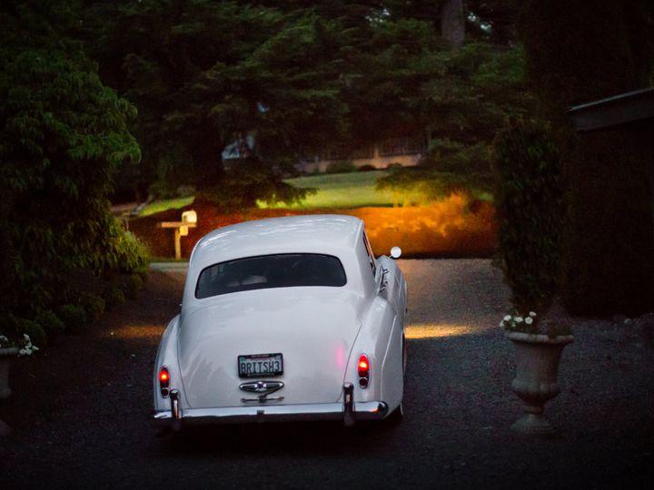 Tmx 20160604 212202c1 51 31596 V1 Seattle, Washington wedding transportation