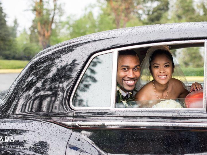 Tmx British Motor Coach Tara Brown Photography 1 51 31596 Seattle, Washington wedding transportation