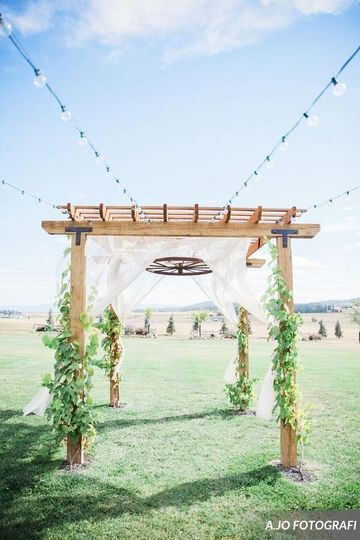 Arbor on the main lawn  Photo Cred: AJO Fotografi
