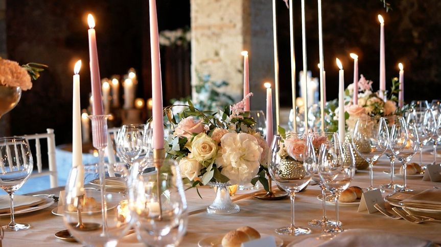Table Details, flowers and candle