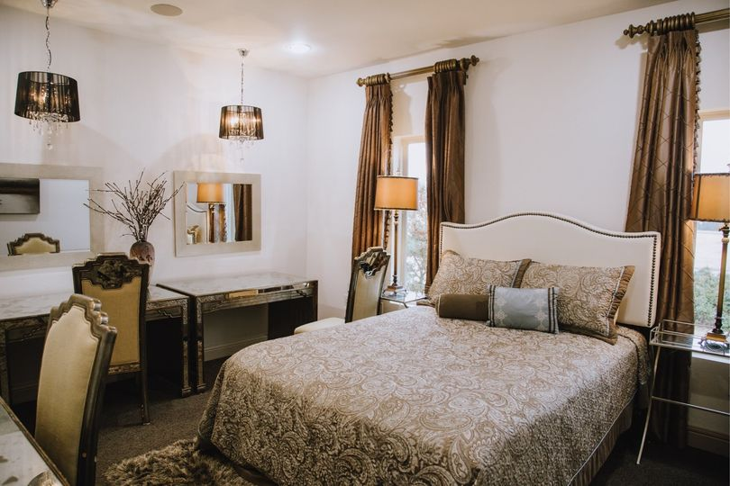Bridesmaids' suite