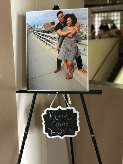 Sample easel with photo of couple