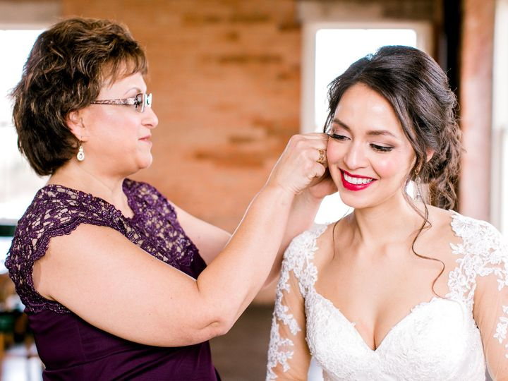 Tmx 1520889346 757071a81615a825 1520889344 163bf9df05256a87 1520889343838 11 ChelseaQWhite Hom Fort Worth, TX wedding planner
