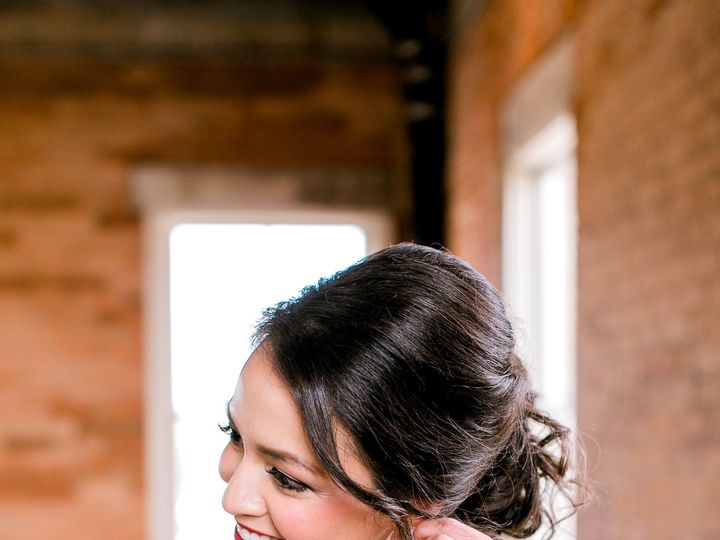 Tmx 1520889346 8d9ee09d77aadbeb 1520889344 D913f4f726e97dc7 1520889343837 10 ChelseaQWhite Hom Fort Worth, TX wedding planner
