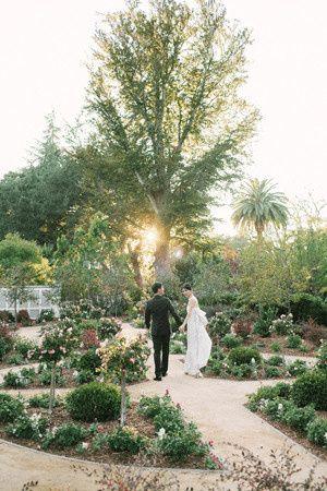 garden rustic wedding ideas1