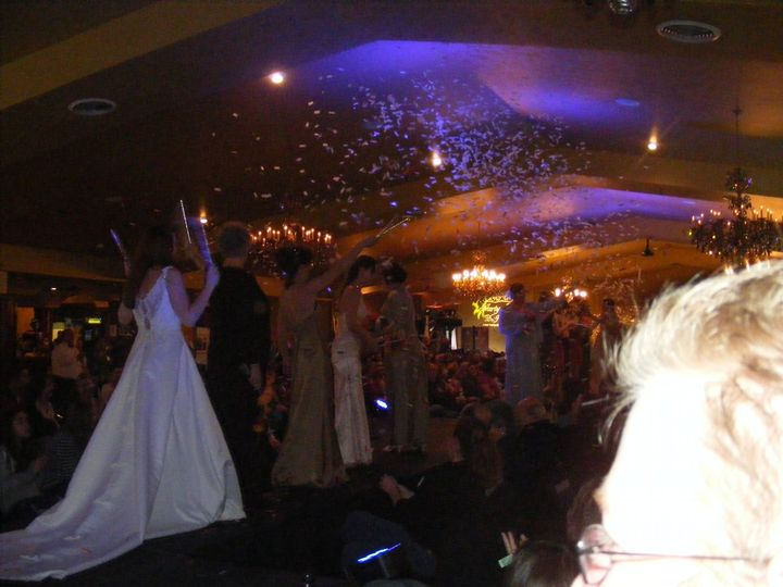 bridalshowconfetti