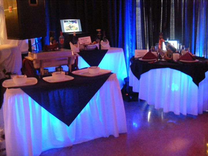 800x800 1357793519268 bridalshowboothuplighting2