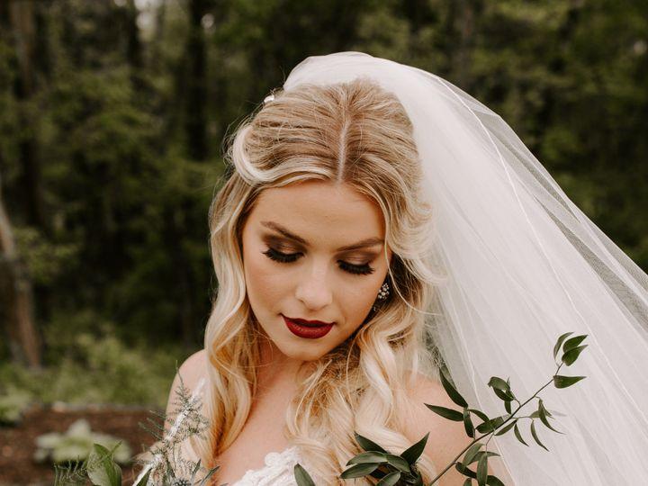 Tmx 0p3b5084 27 51 1014696 1559169986 Windsor Heights, IA wedding florist