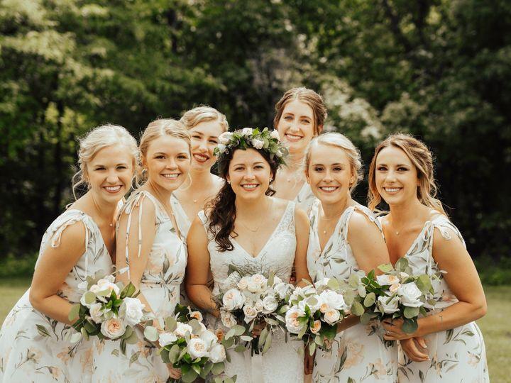 Tmx Img 8593 51 1014696 1566940868 Windsor Heights, IA wedding florist