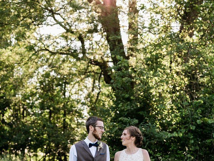 Tmx Img 8724 51 1014696 1561156786 Windsor Heights, IA wedding florist