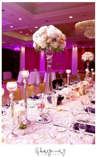 Ambassador Ballroom Table