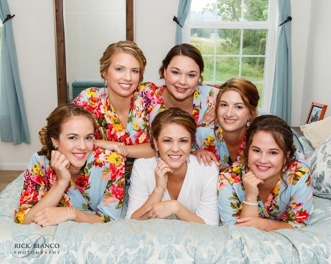 58c53cf9f330b360 1519676161 b1c0a3f1306747e5 1519676140168 3 floral bridesmaid