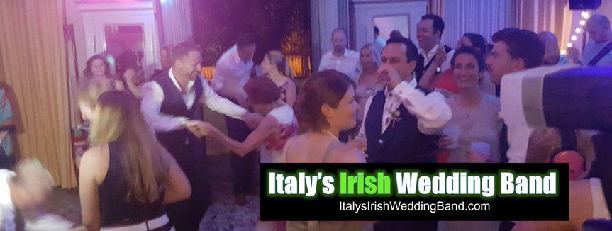 italys irish wedding band guest shot