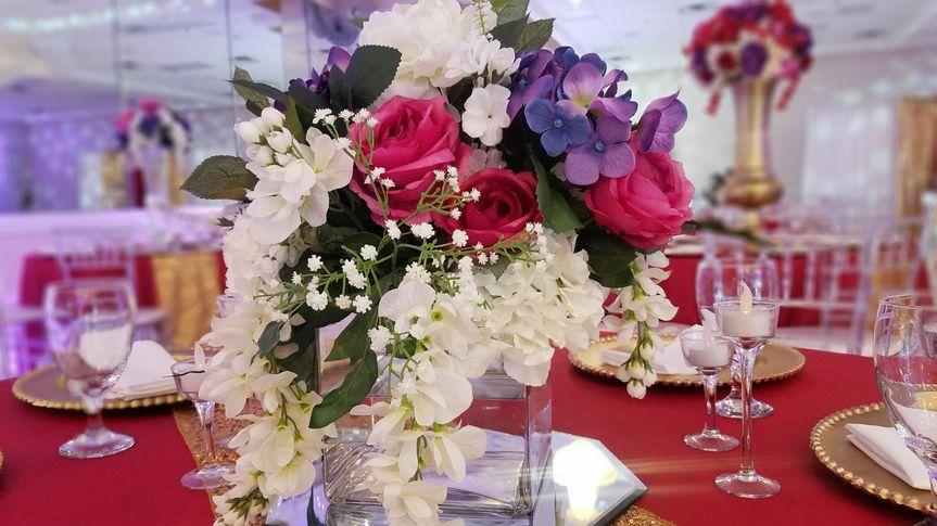 |Floral decor