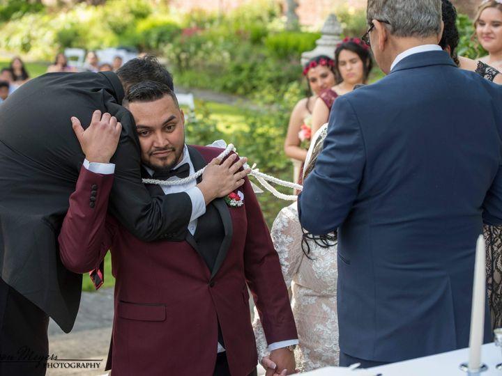 Tmx 1528830722 Cc41bcc69f0a0bfc 1528830717 8e0d50b0dde2b107 1528830575153 118 FED95F9E 0F07 40 Federal Way, WA wedding photography