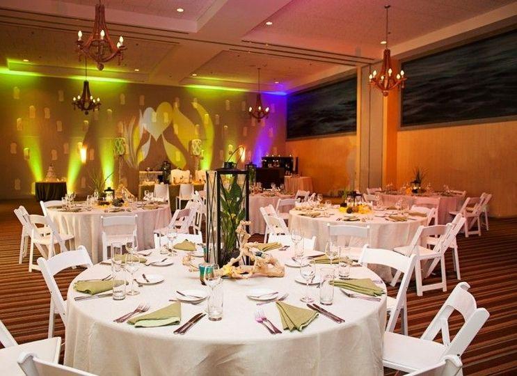 075ec76047cde4ab 1421364633370 modern yellow wedding ideas0019