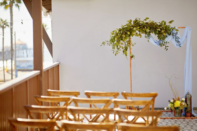 shorebreak resort architectural pierview terrace wedding ceremony 058 mr jpg 51 146796 157604217519095