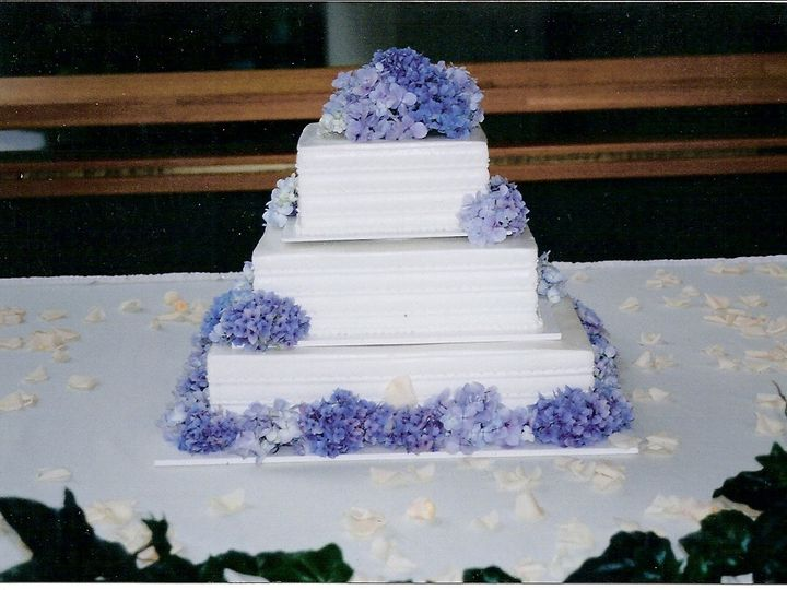Tmx 1431565917077 Blue1 Plymouth wedding cake