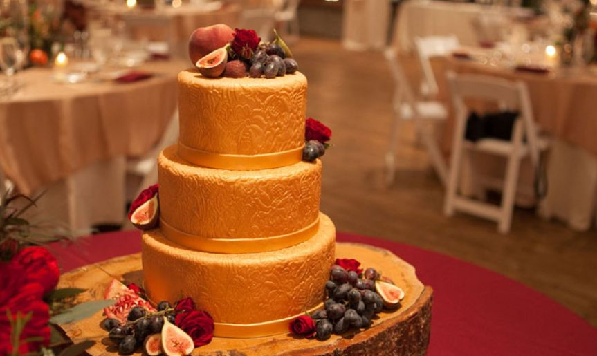 Custom deisgn cake
