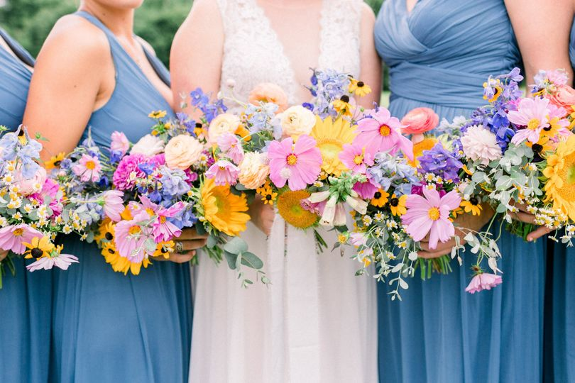Fun, unstructured bouquets