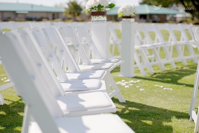 Beautiful Spring ceremony seating on the greens.