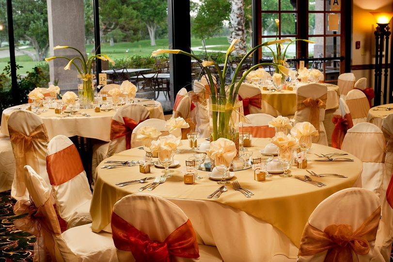 Formal Spring/Summer setting for an elegant wedding at the Antelope Valley Country Club.