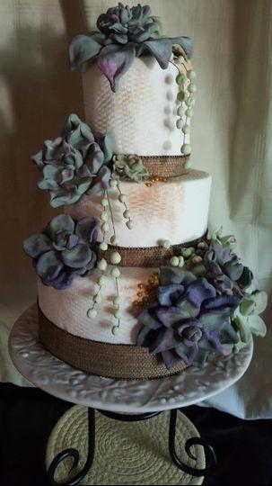 c2cfe6cb0be6ba38 3tier Succulent Flower Cake