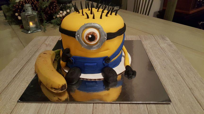 minion cake 2017