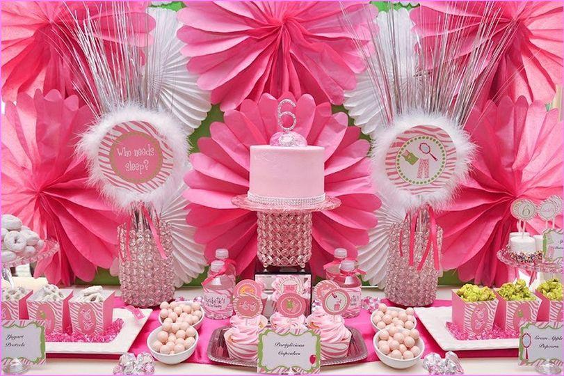 Pink motif
