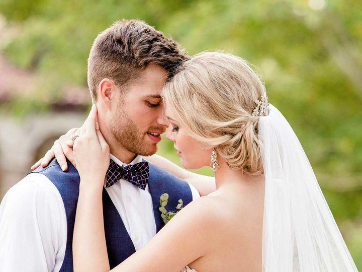 Tmx 1530196725 8d0ec8d7a22e2477 1530196723 17fa5bccd8bb0db2 1530196728736 6 Essense D2424 02 Austin, TX wedding dress