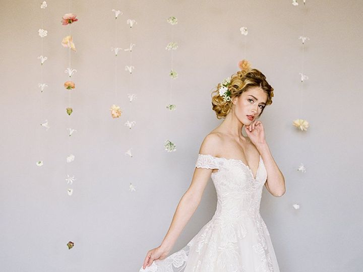 Tmx 1530196733 5edc05a40417804f 1530196730 D0234b7dd9f854c8 1530196728748 14 MJ410 Austin, TX wedding dress