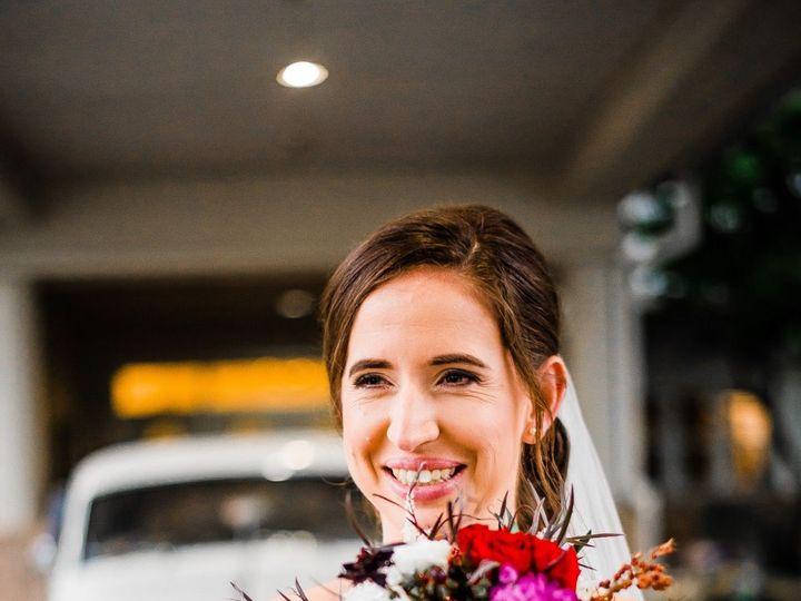 Tmx 1518106221 03352916378d9b7a 1518106219 66446850a9e56067 1518106218032 13 IMG 0418   Copy   Dunedin, Florida wedding florist