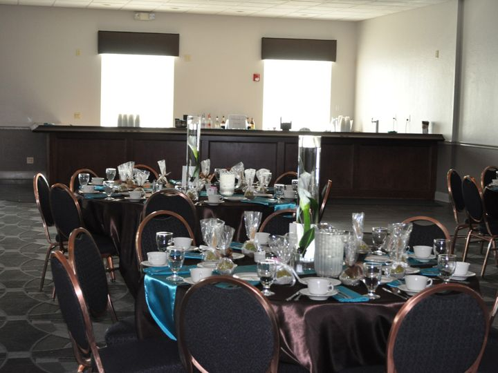 Tmx Dsc 0703 51 413996 1561257751 Avon Lake, OH wedding venue