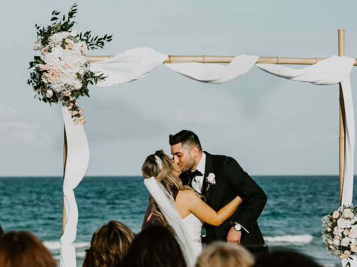 Tmx 1532373817 7d57a2b79154a74a 1532373814 478bcf6081ebad42 1532373798148 1 Beach Wedding Miami Beach, Florida wedding venue