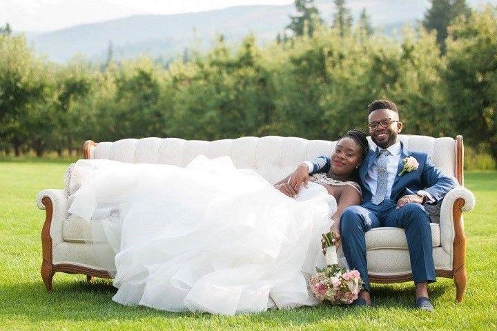 0ee96a5fe4780ff2 Kris Lavender Wedding Belles