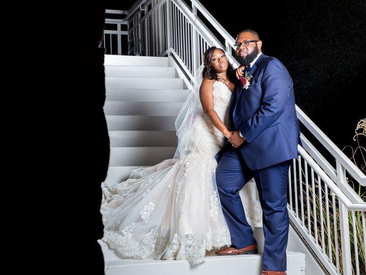Tmx Bride And Groom Stairway 51 985996 Atlanta, GA wedding planner